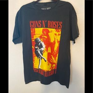 Guns N' Roses Use your illusion I graphic tee